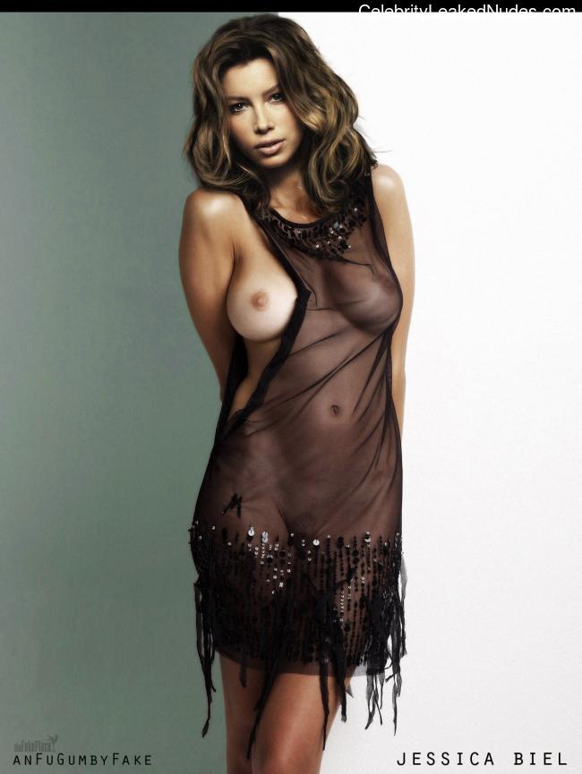 Real Celebrity Nude Jessica Biel 18 pic