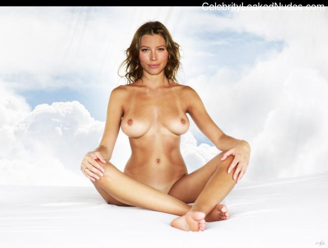 Nude Celeb Jessica Biel 9 pic