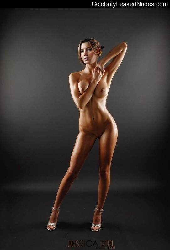 Celebrity Naked Jessica Biel 29 pic