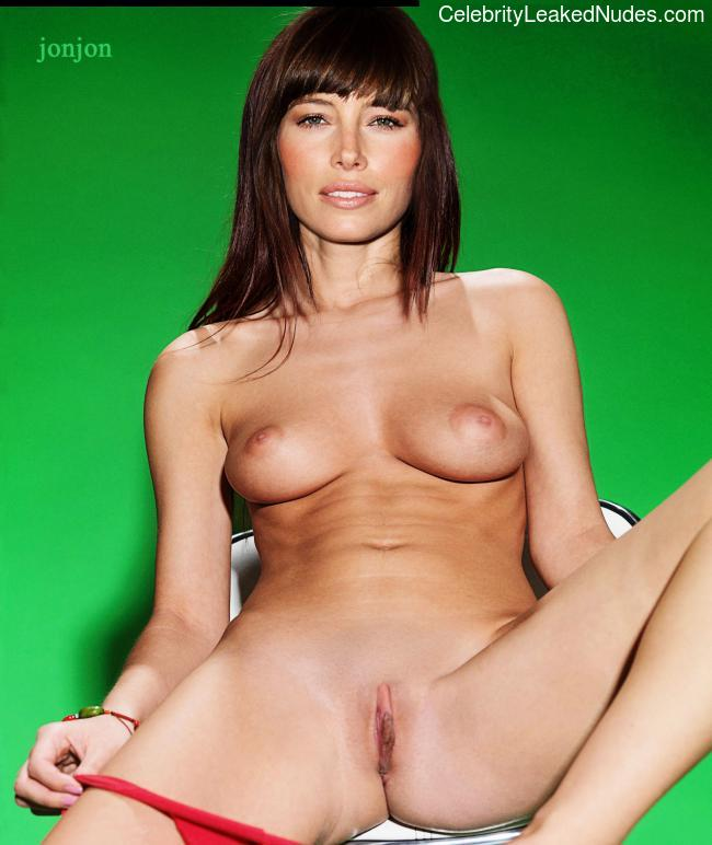 nude pictures of jessica beil