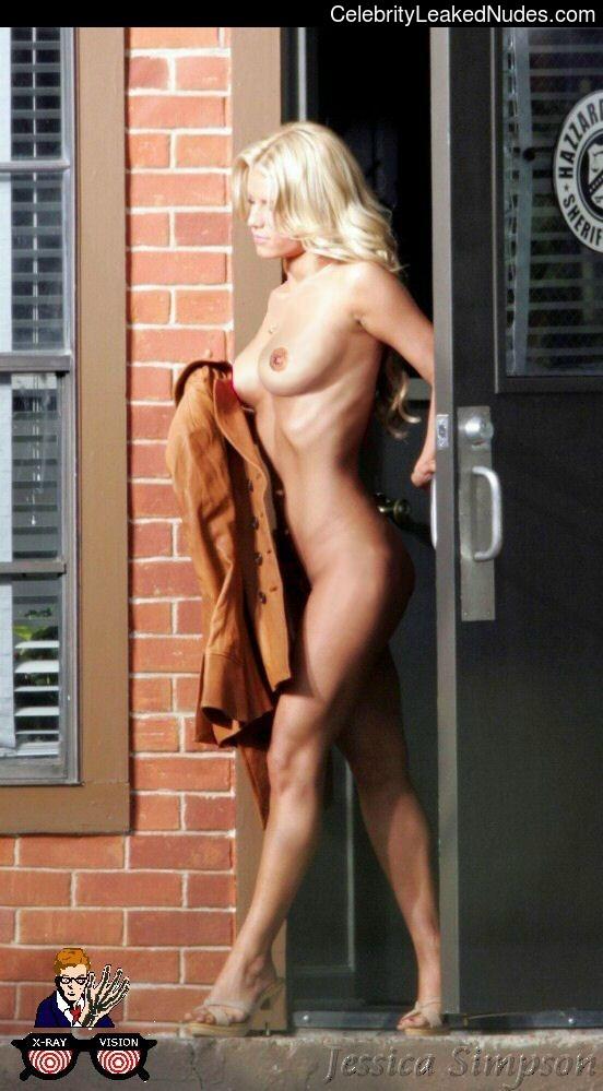 Celebrity Nude Pic Jessica Simpson 25 pic