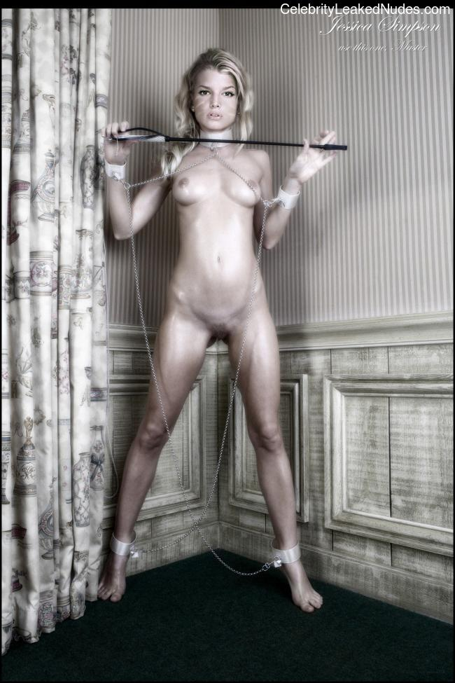 naked Jessica Simpson 12 pic