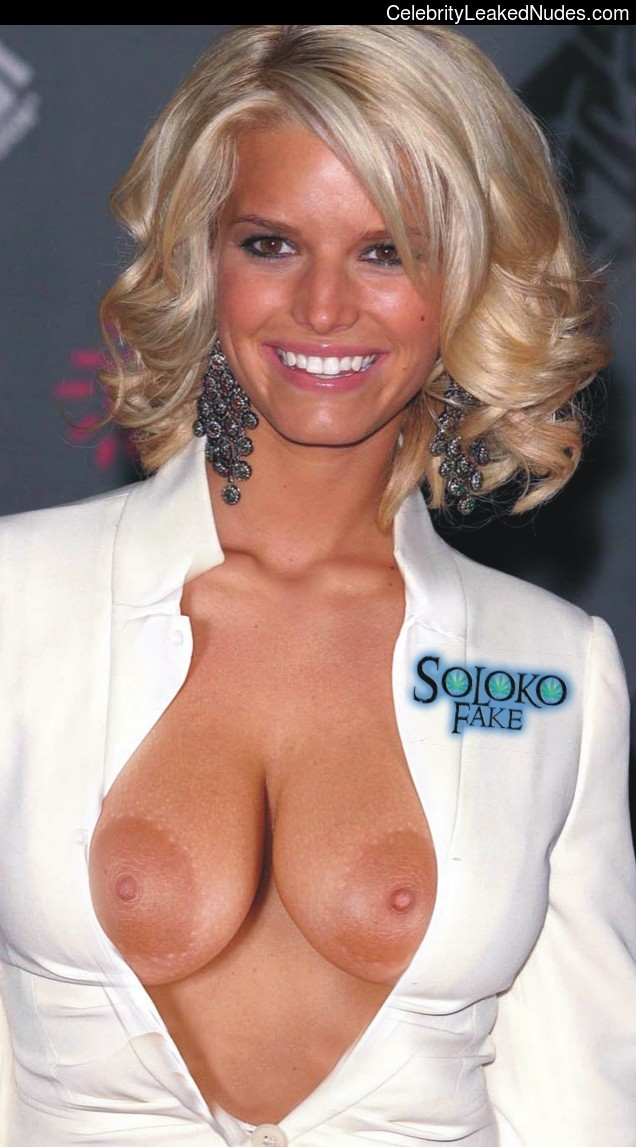 Naked Celebrity Pic Jessica Simpson 17 pic