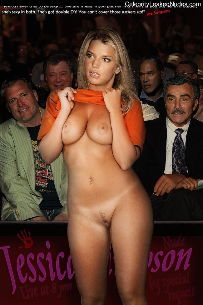 naked Jessica Simpson 8 pic