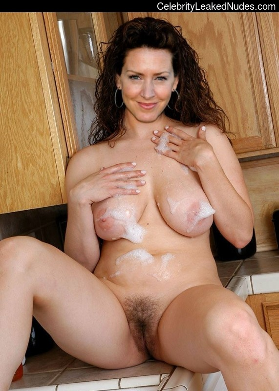 Sexy joely fisher naked