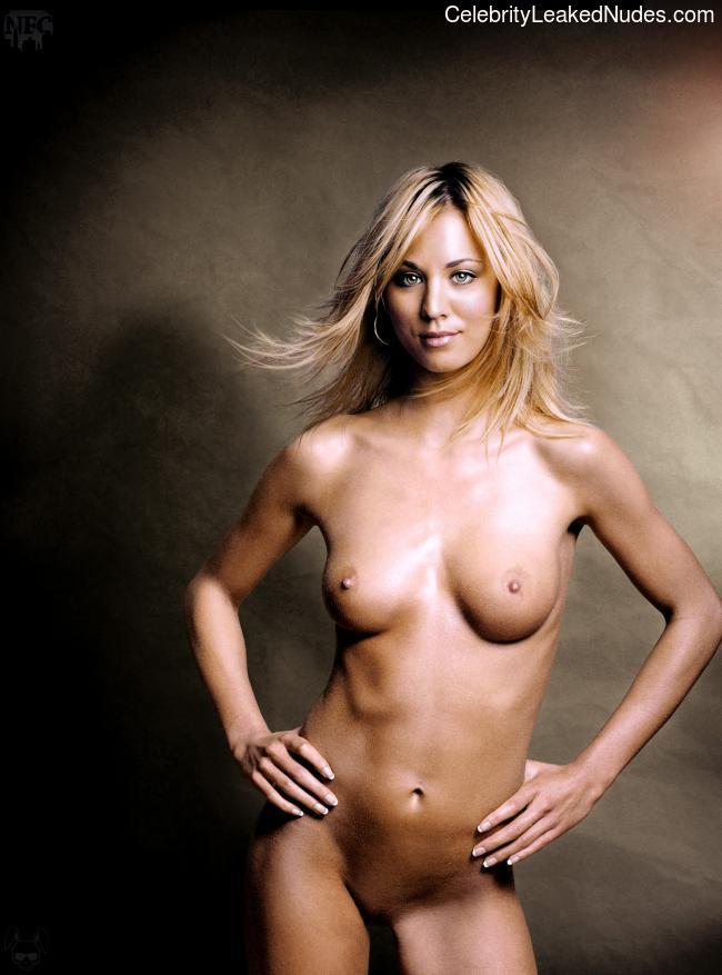 Free Nude Celeb Kaley Cuoco 21 pic