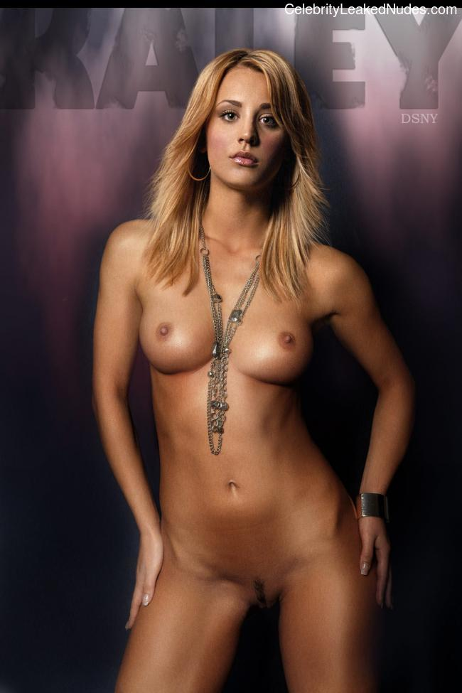 Naked Celebrity Pic Kaley Cuoco 19 pic