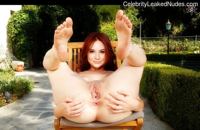 naked Karen Gillan 13 pic
