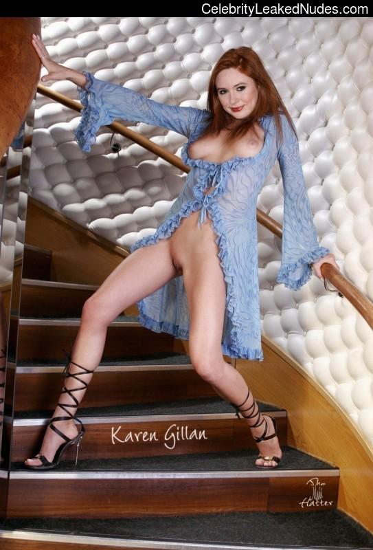fake nude celebs Karen Gillan 14 pic