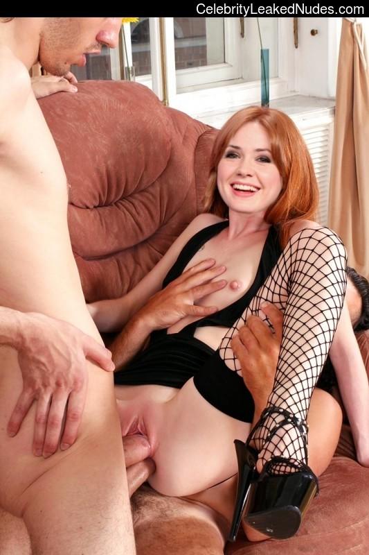 Free nude Celebrity Karen Gillan 3 pic