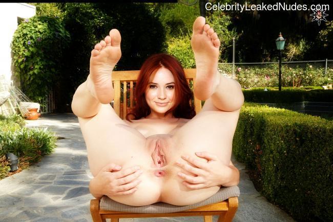 Celeb Naked Karen Gillan 3 pic