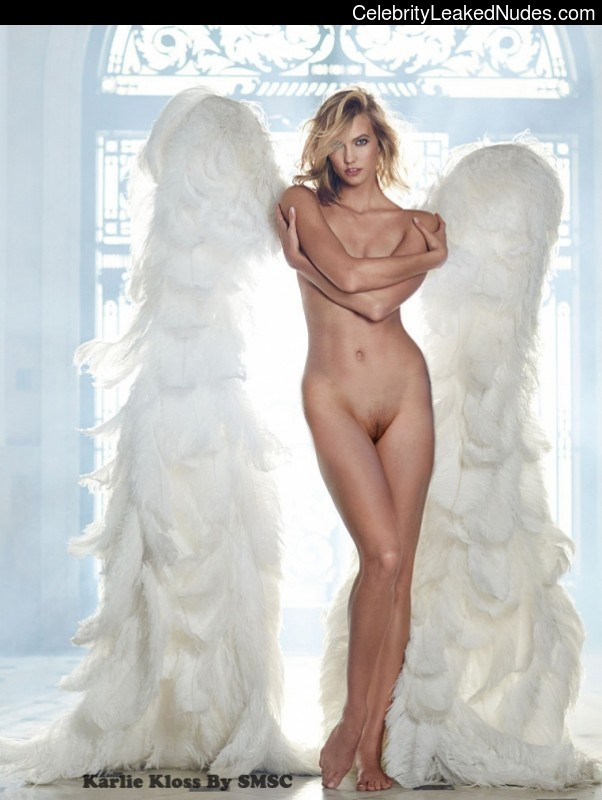 Celebrity Leaked Nude Photo Karlie Kloss 2 pic