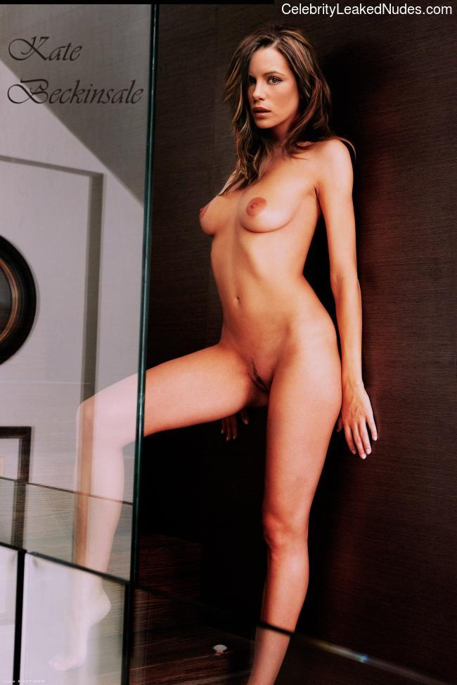 naked Kate Beckinsale 8 pic