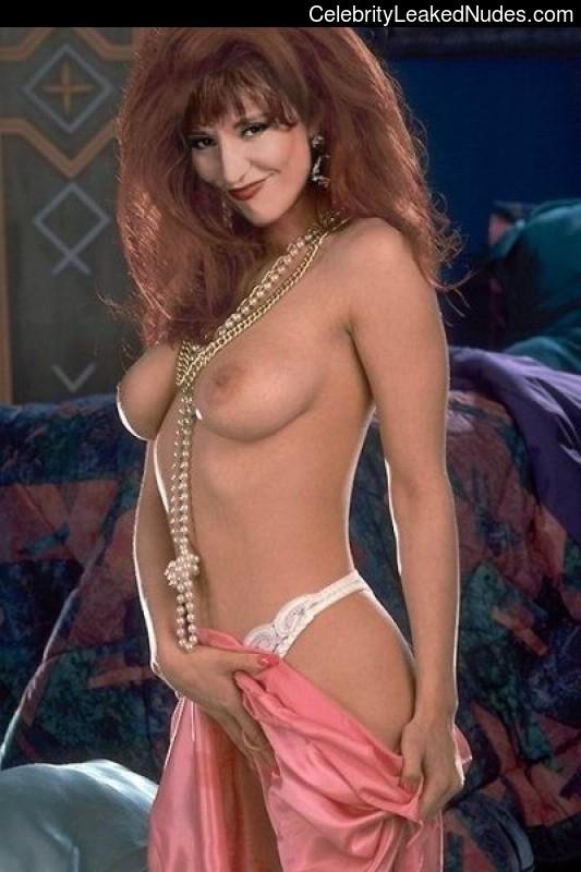 Free nude Celebrity Katey Sagal 14 pic