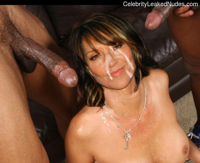 amature-katey-sagal-real-nude-photos-camara-phone