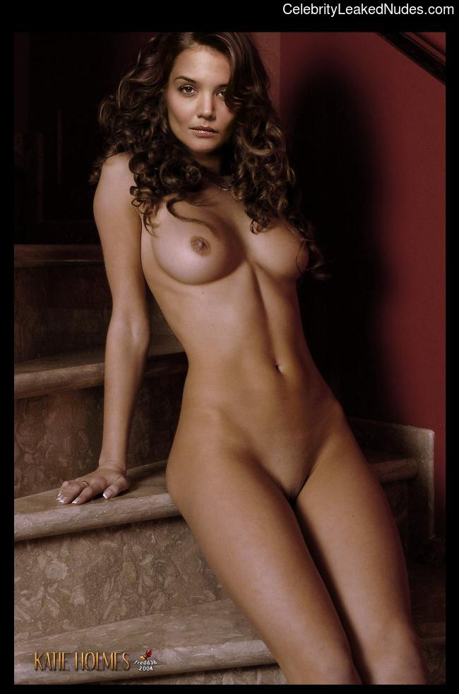 Naked Celebrity Katie Holmes 18 pic