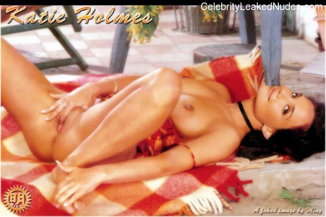 Nude Celebrity Picture Katie Holmes 20 pic