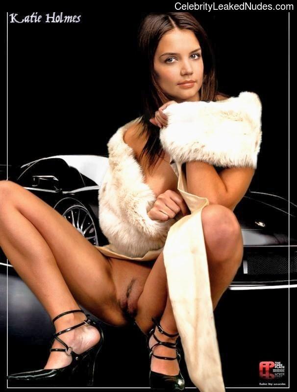 Celeb Naked Katie Holmes 27 pic