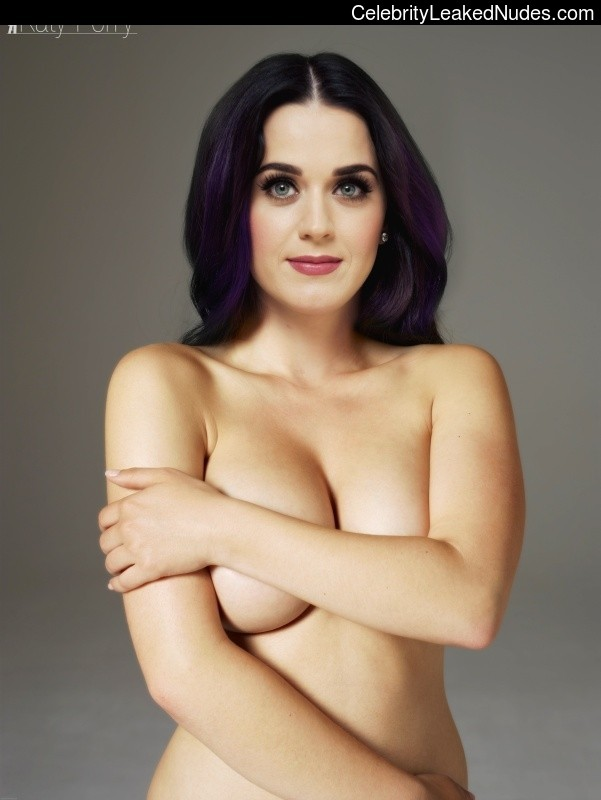 Celebrity Nude Pic Katy Perry 3 pic