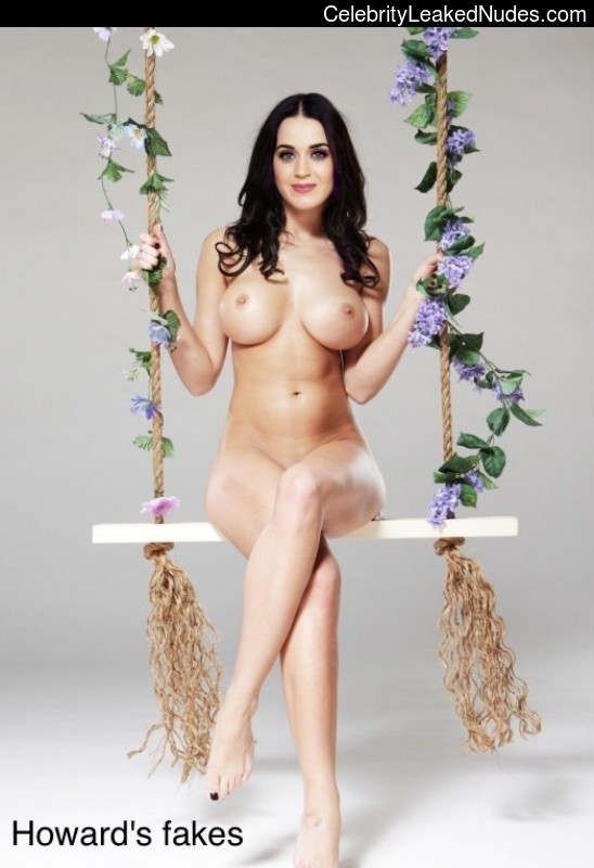 Nude Celebrity Picture Katy Perry 21 pic