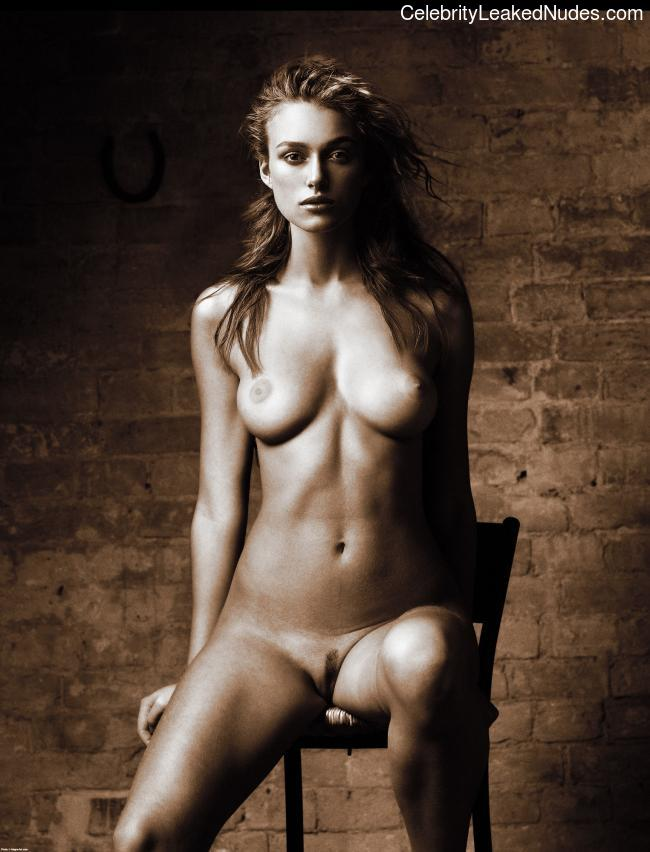 Nude Celebrity Picture Keira Knightley 13 pic