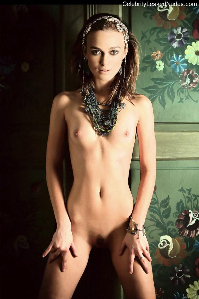Naked celebrity picture Keira Knightley 11 pic