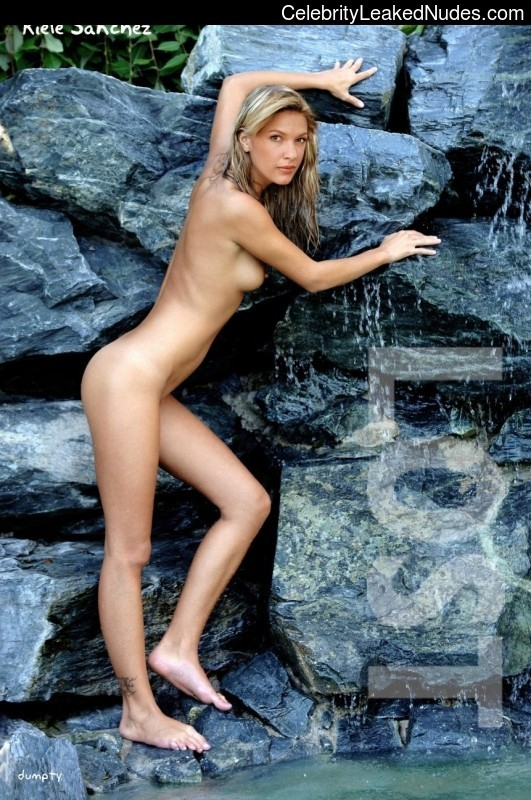 kiele sanchez naked pictures