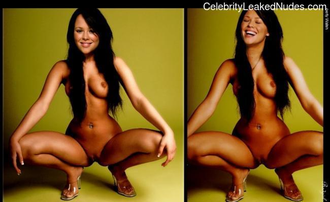 Free Nude Celeb Kimberley Walsh 9 pic