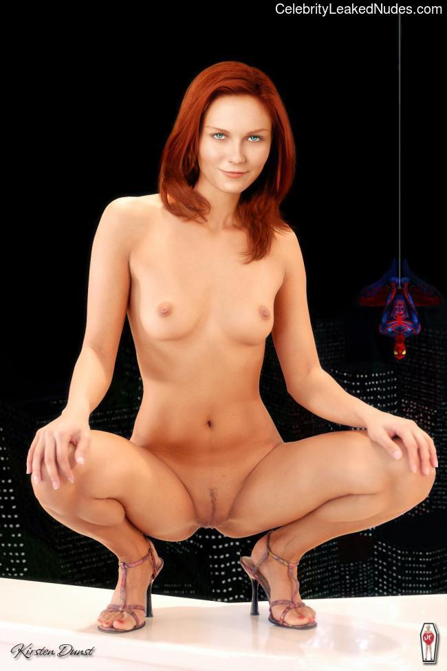 Best Celebrity Nude Kirsten Dunst 12 pic