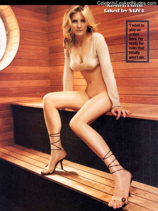 Celeb Naked Kirsten Dunst 20 pic