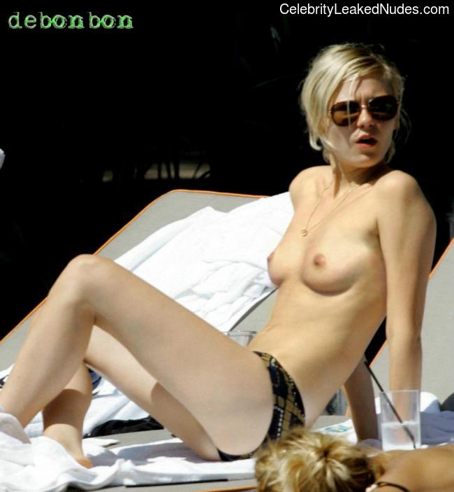 Nude Celeb Pic Kirsten Dunst 25 pic