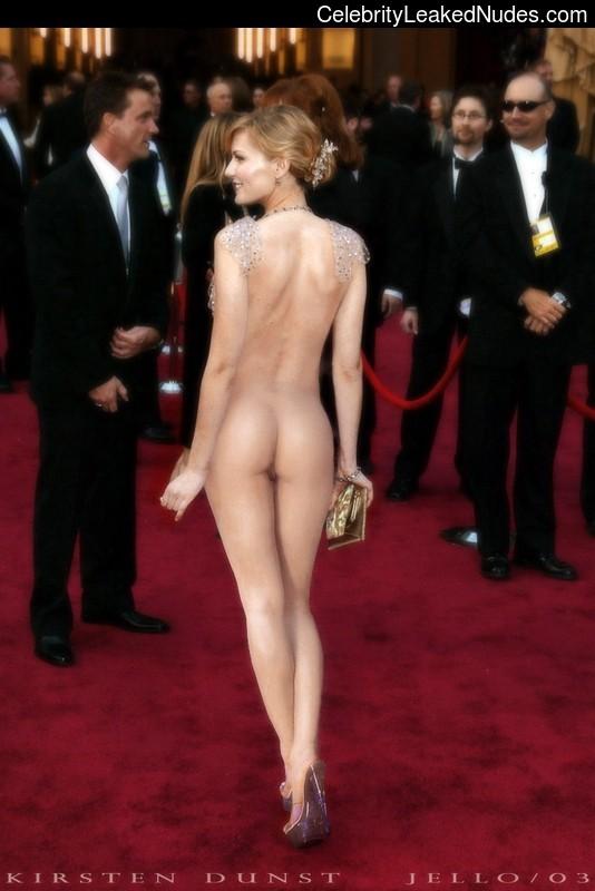Nude Celeb Kirsten Dunst 8 pic