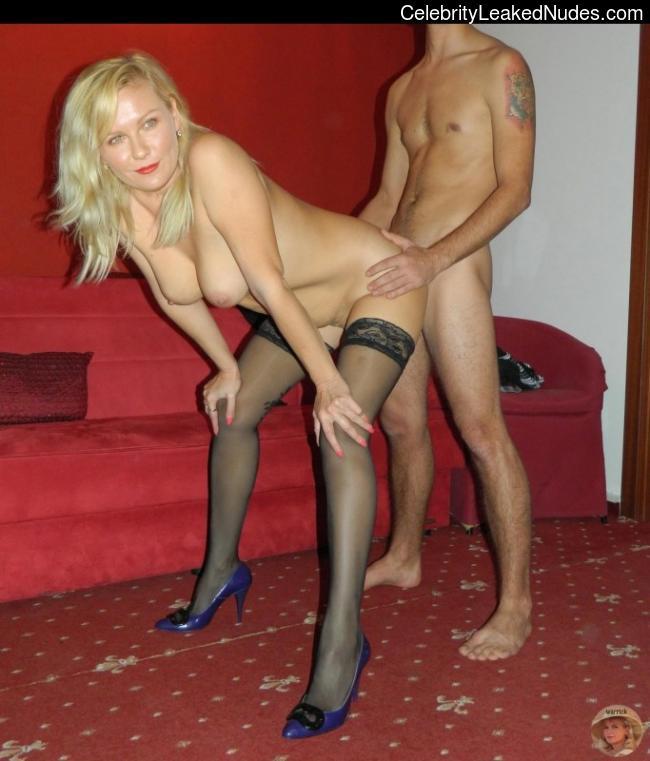 Celebrity Nude Pic Kirsten Dunst 4 pic