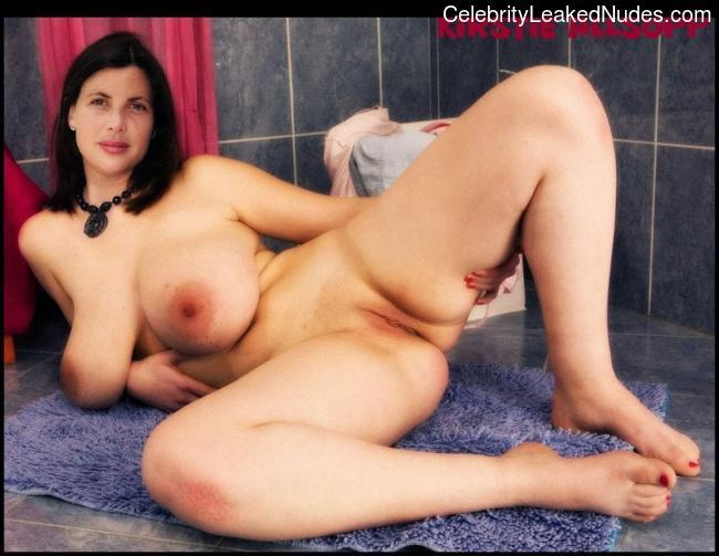 hot brunette girls giving blow jobs naked