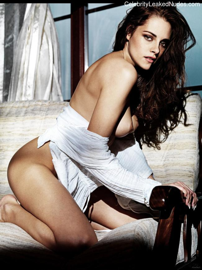 Free Nude Celeb Kristen Stewart 3 pic