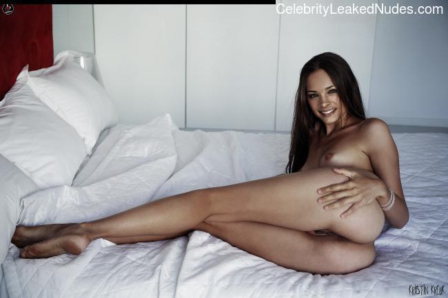 fake nude celebs Kristin Kreuk 4 pic