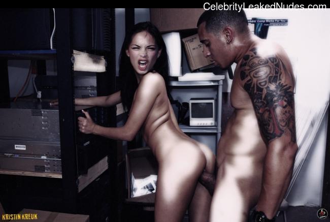 Nude Celeb Pic Kristin Kreuk 17 pic