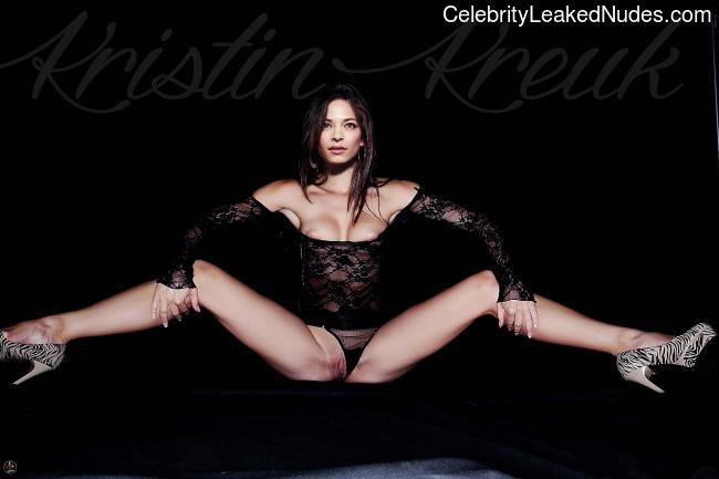 Real Celebrity Nude Kristin Kreuk 4 pic