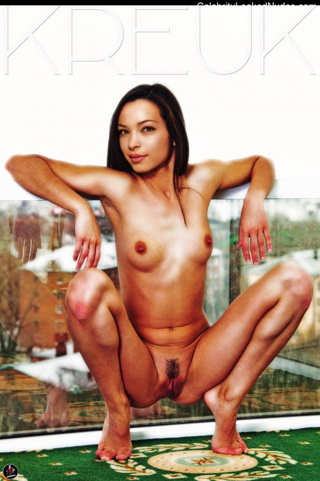 Naked Celebrity Pic Kristin Kreuk 11 pic