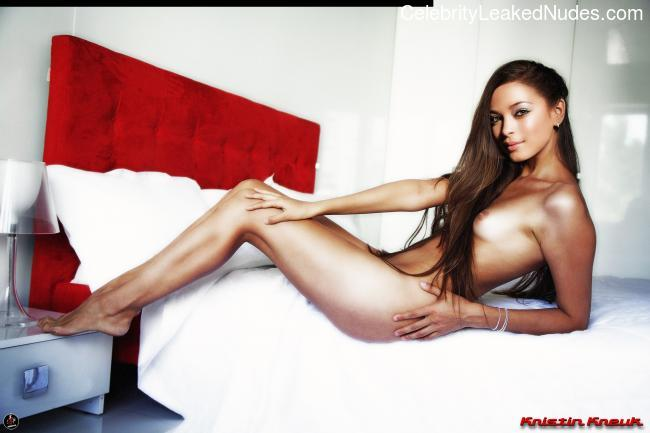 Celebrity Leaked Nude Photo Kristin Kreuk 6 pic