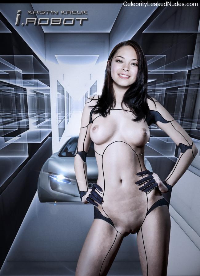 Celeb Nude Kristin Kreuk 7 pic