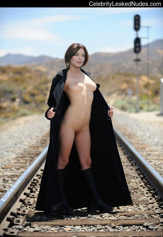Naked celebrity picture Kristin Kreuk 9 pic