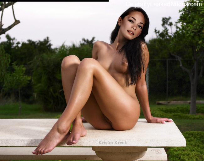 Real Celebrity Nude Kristin Kreuk 15 pic
