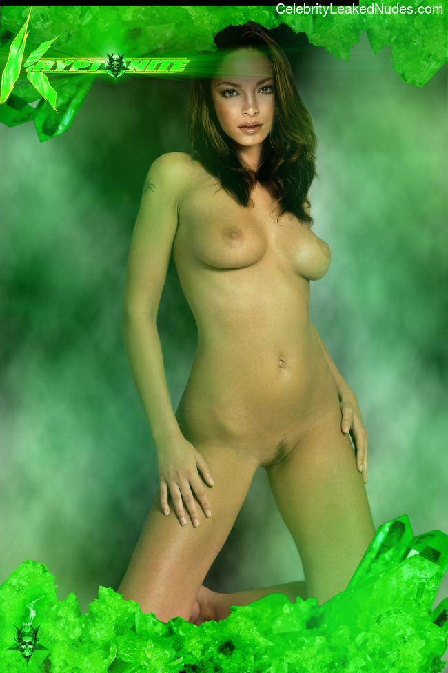 Famous Nude Kristin Kreuk 21 pic