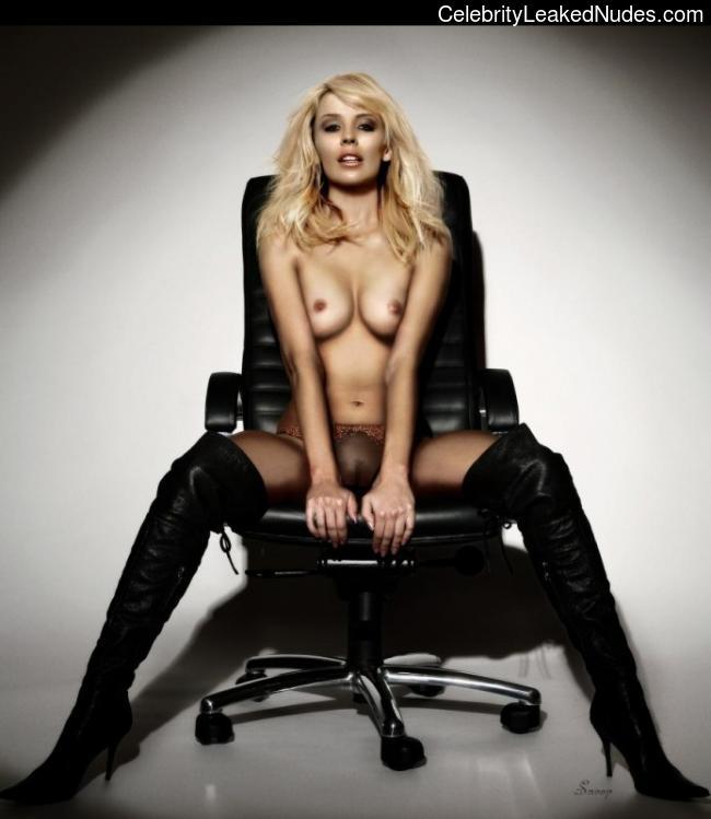 Kylie Minogue nude celebs