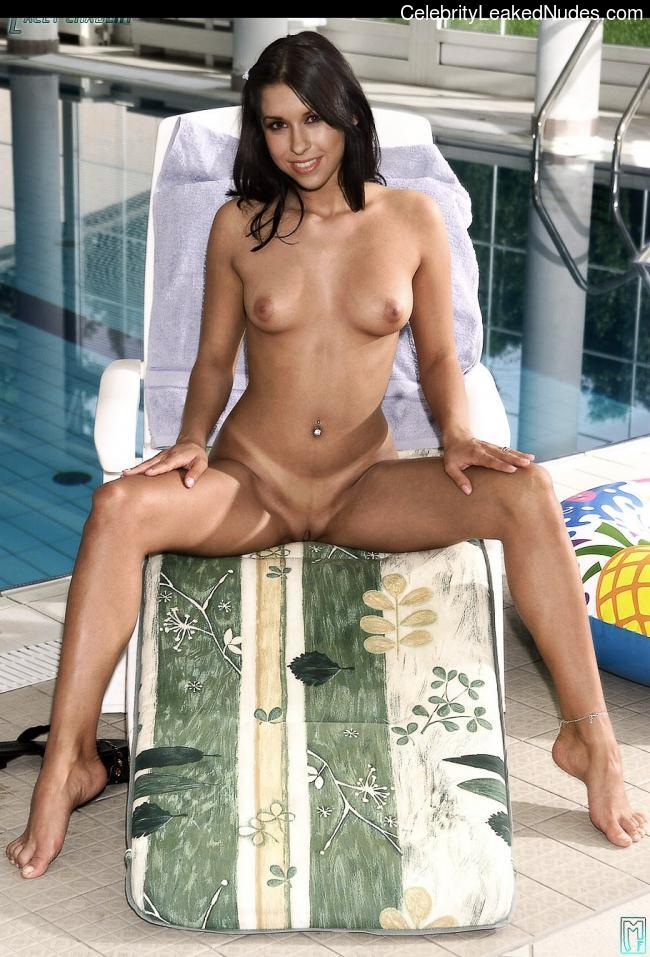 Opinion Lacey chabert nude gallery think