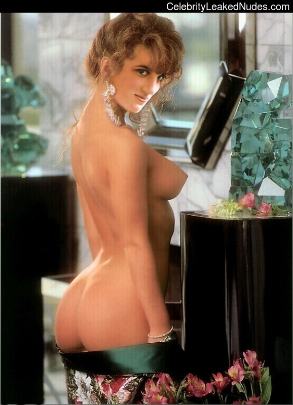 Naked Celebrity Pic Lady Diana 17 pic