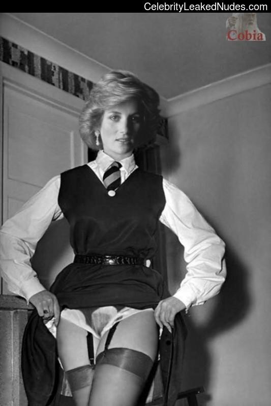 Hot Naked Celeb Lady Diana 4 pic