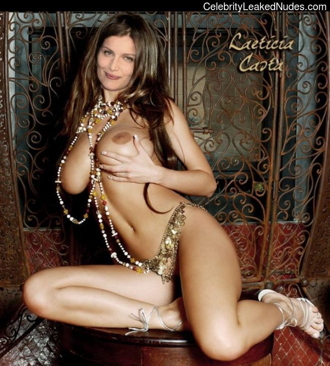 Celebrity Nude Pic Laetitia Casta 15 pic