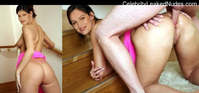 nude celebrities Laetitia Casta 16 pic